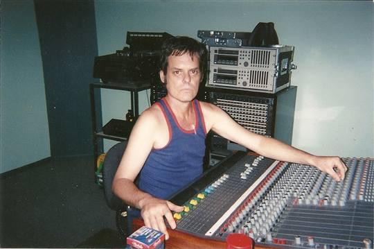 Musicworx - Recording studio control room .
