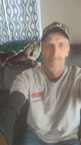 Chris196901 - I'm not good at taking selfie's lol